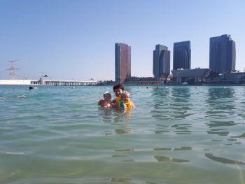 Море на пляже отеля LeMeridian AbuDabi 06