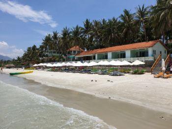 Пляж Зоклет - вид на отель Парадайз