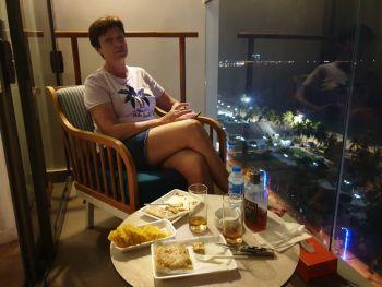 Вечер с Французскими блинами в Нячанге
